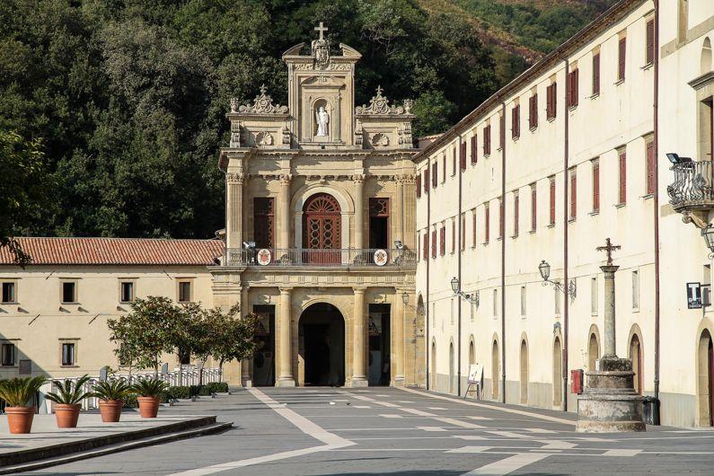 Paola | Cosa vedere in uno dei borghi più famosi della Calabria