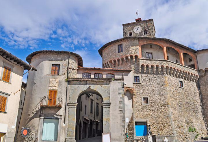 Castelnuovo di Garfagnana (LU)   Cosa vedere nel borgo toscano
