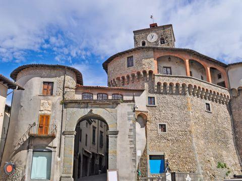 Castelnuovo di Garfagnana (LU) | Cosa vedere nel borgo toscano